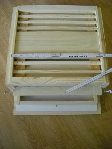 Dennica Higiniczna z osprzętem do polławiania pyłku do ula wielkopolskiego 10R (1)