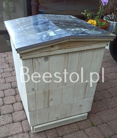British National Beehive gable roof flat pack (1)